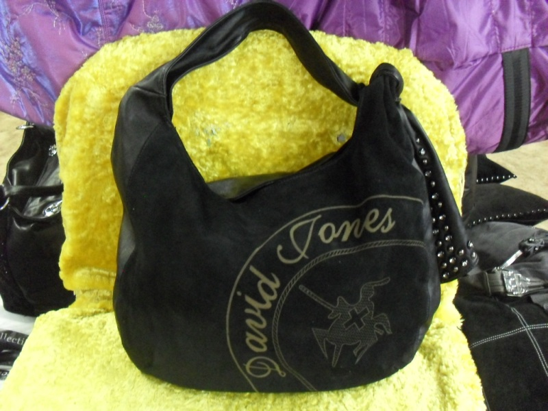 Замшевые женские сумки 2011-2012 новое поступление в компании Олива.